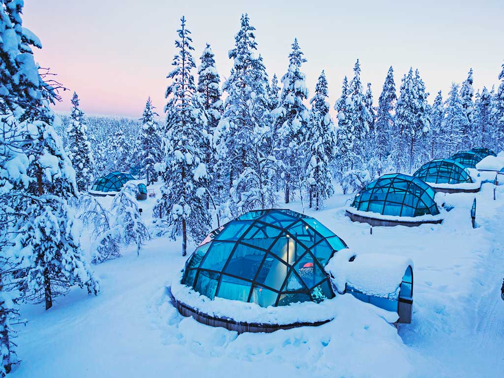Kakslauttanen Arctic Resort - esterni igloo