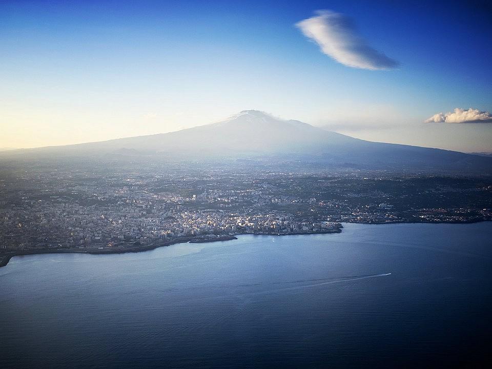 Vulcani, Sicilia - Italia