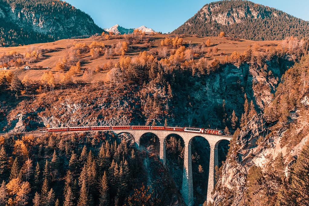 Emozioni alpine e trenino del Bernina